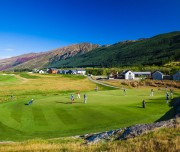 millbrook-golf-course-queenstown-new-zealand-coronet-peak-view-pagegallery