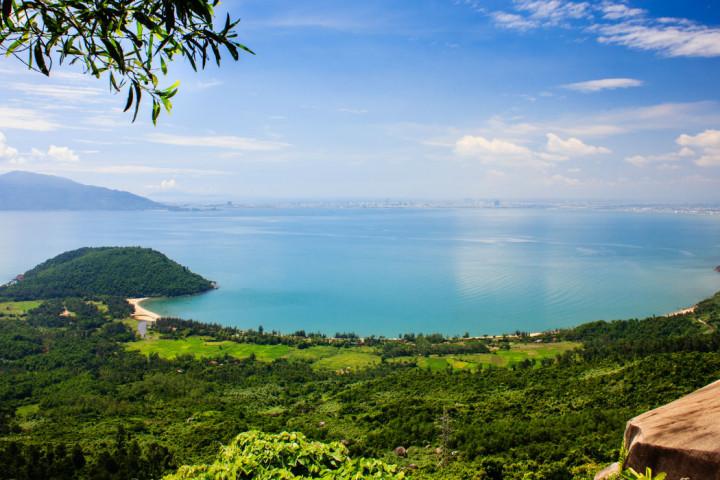 Nam-Chon-Bay-Danang-Vietnam-1300
