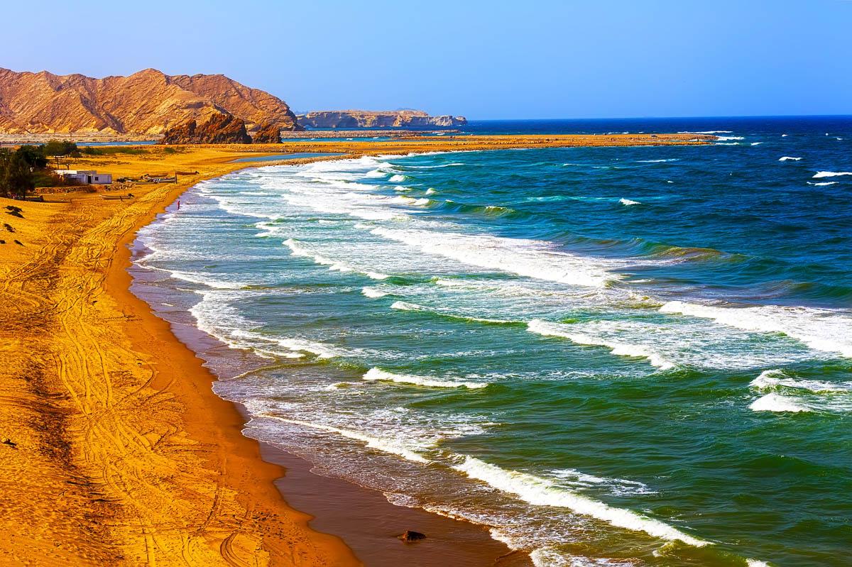 Прекрасный_пляж_неподалёку_от_Маската