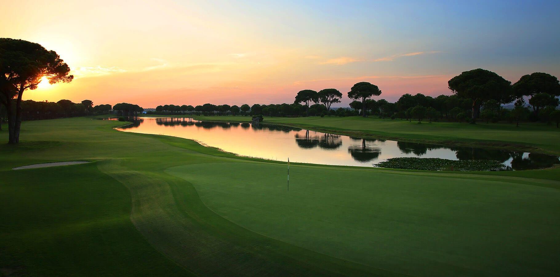 glorianewcourse10_golfclub18th_h